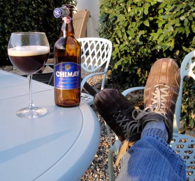 b2ap3_thumbnail_relaxing-with-a-chimay-blue1_20140310-224902_1.jpg